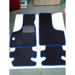 https://www.gbauto500.com/304-thickbox_default/tappeto-per-fiat-500-nero-bordo-blu-logo-fiat.jpg